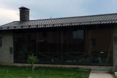 Безрамное остекление летней кухни в г.Домодедово